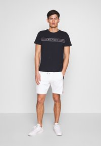 Tommy Hilfiger - CORP TEE - Print T-shirt - blue - 1