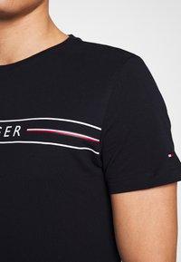 Tommy Hilfiger - CORP TEE - Print T-shirt - blue - 4