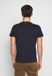 Tommy Hilfiger - ARCH TEE - Print T-shirt - blue - 2