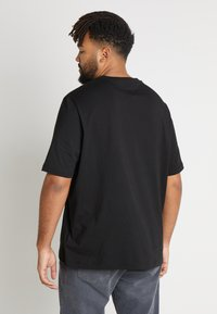 Tommy Hilfiger - STRIPE TEE - T-shirt con stampa - black - 2