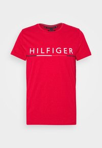 Tommy Hilfiger - GLOBAL STRIPE TEE - T-shirt con stampa - red - 3