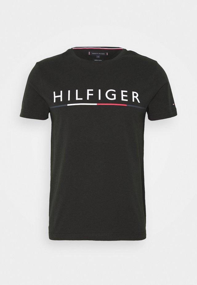 GLOBAL STRIPE TEE - Print T-shirt - black