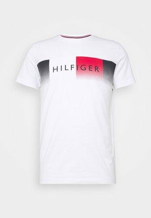 TH COOL  - Print T-shirt - white