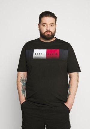 COOL FADE TEE - Print T-shirt - black