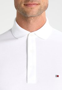 Tommy Hilfiger - SLIM FIT - Polo - white - 3