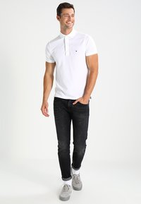 Tommy Hilfiger - SLIM FIT - Polo - white - 1