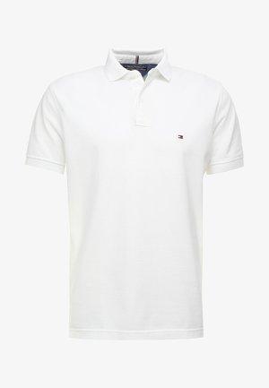 CORE REGULAR FIT - Koszulka polo - bright white