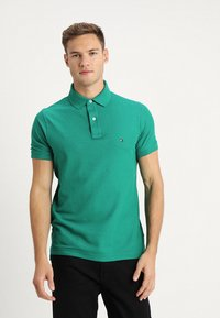 Tommy Hilfiger - HILFIGER SLIM  - Polo shirt - green - 0