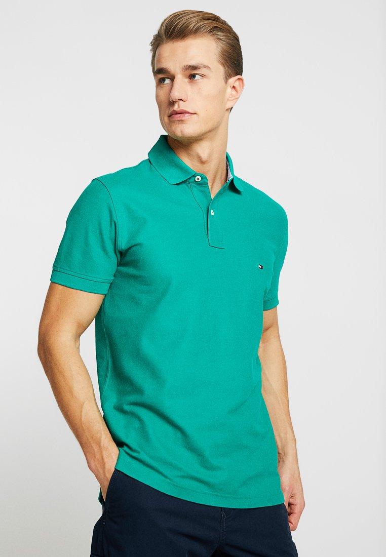Tommy Hilfiger - REGULAR - Poloshirt - green