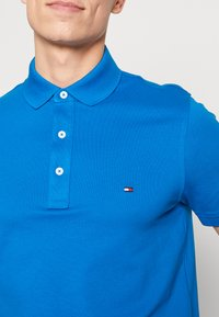 Tommy Hilfiger - Polo shirt - blue - 5