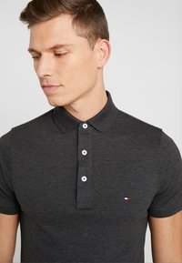 Tommy Hilfiger - SLIM FIT - Polo - grey - 4