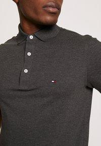 Tommy Hilfiger - Polo shirt - grey - 4