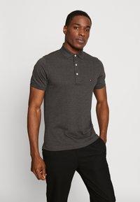 Tommy Hilfiger - Polo shirt - grey - 0