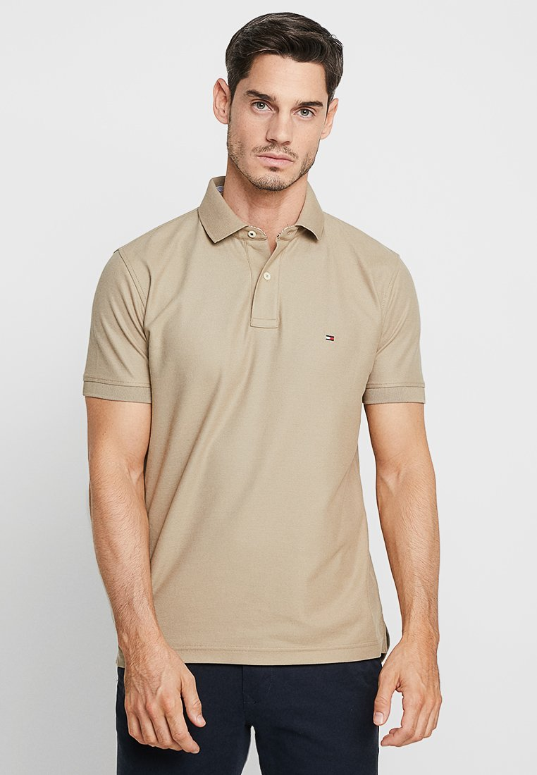 Tommy Hilfiger - REGULAR - Polo shirt - beige