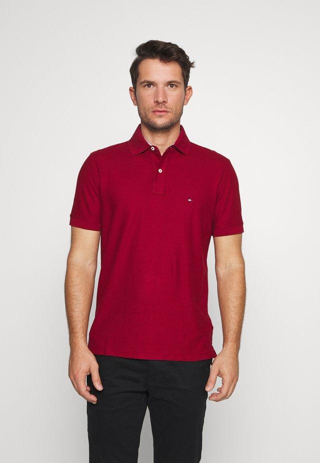 HILFIGER REGULAR POLO - Polo shirt - red