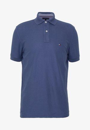REGULAR - Polo shirt - blue