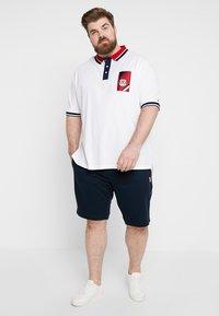 Tommy Hilfiger - CONTRAST PLACKET BADGE - Koszulka polo - white - 1