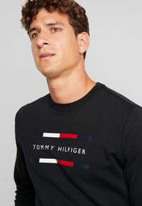 Tommy Hilfiger - Sweatshirt - black - 5