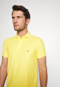 Tommy Hilfiger - HILFIGER SLIM POLO - Piké - yellow - 3
