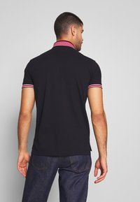 Tommy Hilfiger - CONTRAST TIPPED COLLAR - Polo shirt - blue - 2