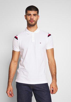 SHOULDER INSERT SLIM - Polo shirt - white