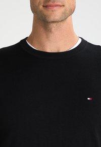 Tommy Hilfiger - C-NECK - Pullover - flag black - 3