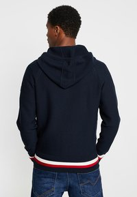 Tommy Hilfiger - STRUCTURED BRANDED ZIP HOODY - Cardigan - blue - 2