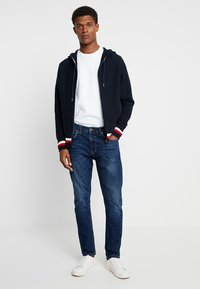 Tommy Hilfiger - STRUCTURED BRANDED ZIP HOODY - Cardigan - blue - 1