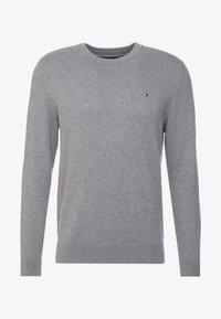 Tommy Hilfiger - PIMA CREW NECK - Stickad tröja - grey - 3