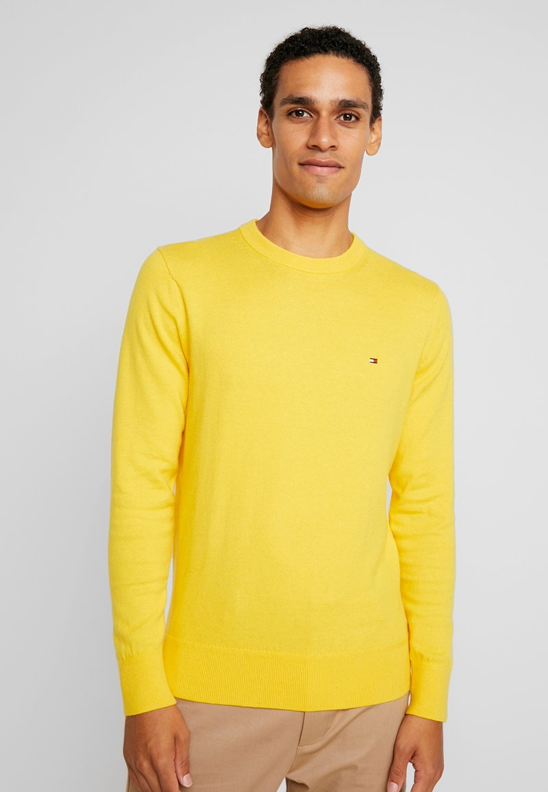 Tommy Hilfiger - PIMA CREW NECK - Jersey de punto - yellow