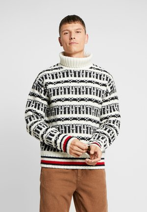 OVERSIZED FAIRISLE ROLL NECK - Svetr - white
