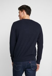 Tommy Hilfiger - STRUCTURED  V NECK - Strikkegenser - blue - 2