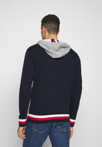 Tommy Hilfiger - GLOBAL STRIPE DETAIL - Pullover - blue - 2