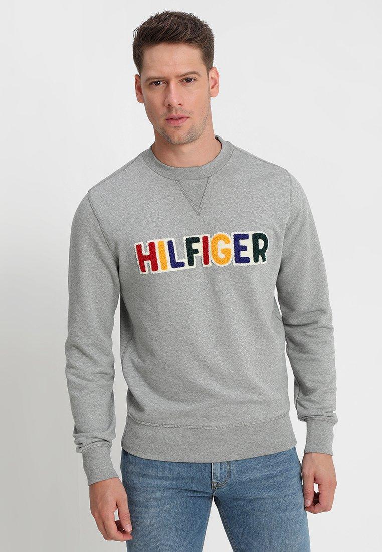 Tommy Hilfiger - PLAYFUL LOGO - Sweatshirt - grey