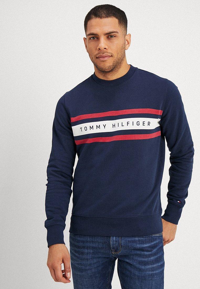Tommy Hilfiger - LOGO BAND GRAPHIC - Sweatshirt - navy blazer