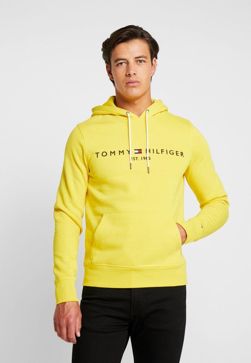Tommy Hilfiger - LOGO HOODY - Hoodie - yellow