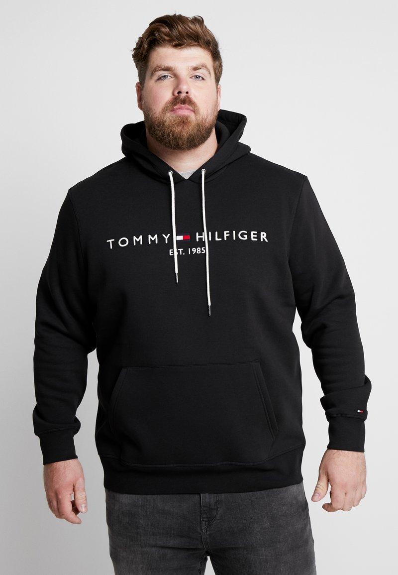 Tommy Hilfiger - LOGO HOODY - Kapuzenpullover - black