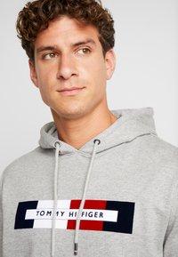 Tommy Hilfiger - LOGO HOODY - Hoodie - grey - 4