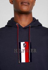Tommy Hilfiger - FLEX LUXURY ARTWORK HOODY - Hoodie - blue - 5