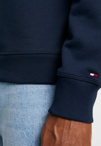 Tommy Hilfiger - COLORBLOCK - Collegepaita - blue