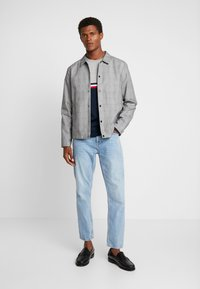 Tommy Hilfiger - COLORBLOCK - Collegepaita - blue - 1