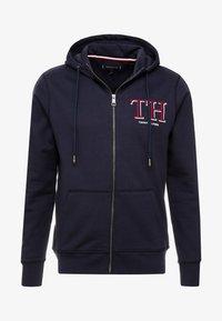 Tommy Hilfiger - MONOGRAM HOODED ZIP THROUGH - veste en sweat zippée - blue - 3
