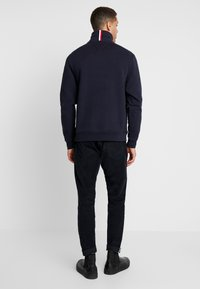 Tommy Hilfiger - ICON HALF ZIP MOCK NECK - Sweatshirt - blue - 2