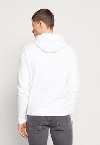 Tommy Hilfiger - BASIC EMBROIDERED HOODY - Hoodie - white - 2