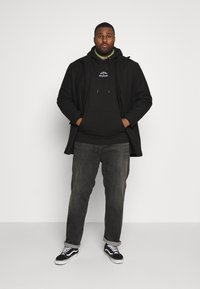 Tommy Hilfiger - BASIC EMBROIDERED HOODY - Hoodie - black - 1