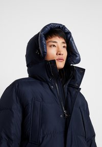Tommy Hilfiger - HOODED - Down coat - blue - 4