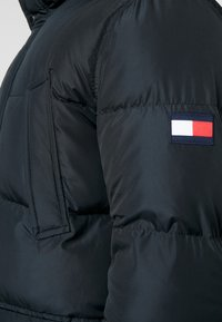 Tommy Hilfiger - HOODED - Piumino - black - 4