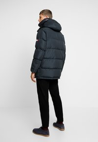 Tommy Hilfiger - HOODED - Piumino - black - 2