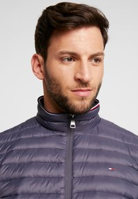 Tommy Hilfiger - PACKABLE JACKET - Kurtka puchowa - grey - 3