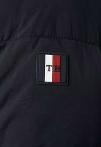 Tommy Hilfiger - STRETCH HOODED - Winterjas - black - 6